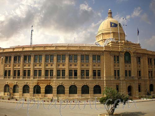 visit to a historical place in karachi Karachi's largest city and commercial center, karachi, is also counted in the historic cities of pakistan that have been associated with its past despite long-term passage her.